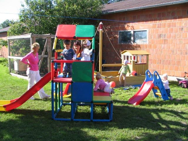 Spielplatz Für Kleinkinder